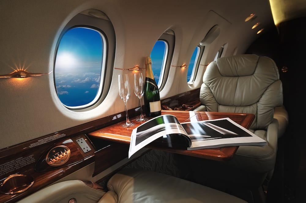 Luxury private jet aircraft charter